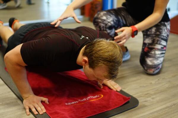 Intensive Betreuung auf der Trainingsfläche